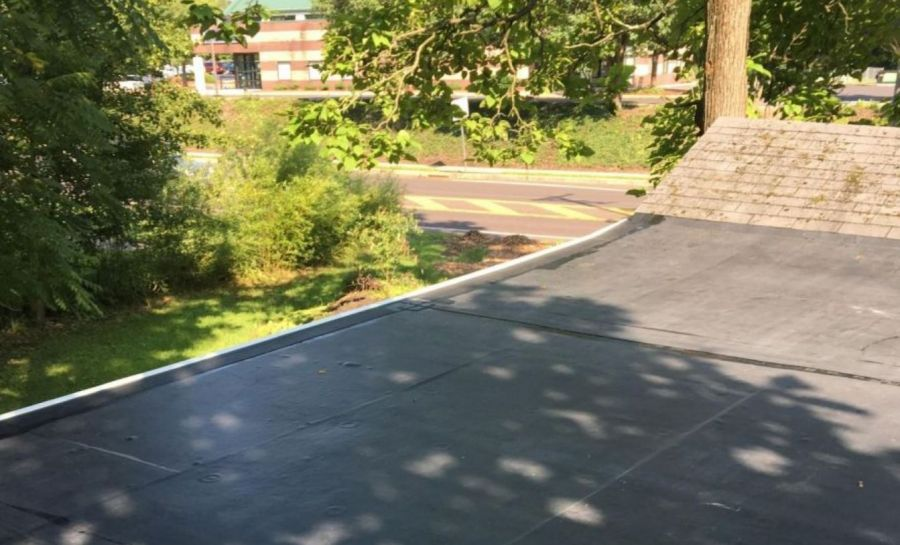 Flat roof by Eastern Seaboard Roofing Inc
